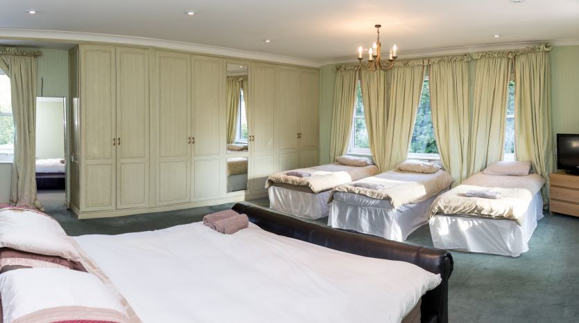 dorset house poole dorset overview luxury house rental. Black Bedroom Furniture Sets. Home Design Ideas